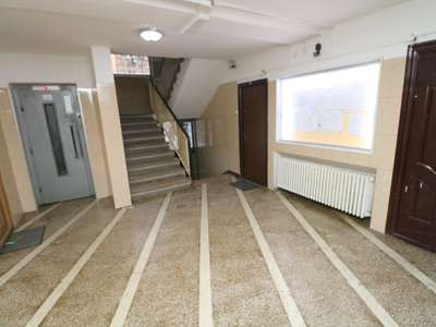 3 Camere Militari Gorjului Piata Metrou 2 minute etaj 2 loc parcare ADP
